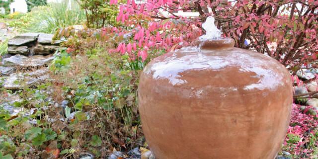 Gartenbrunnen Krug